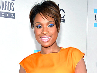 Watch Jennifer Hudson's Assistant Freak Out About His Christmas Gift – a House!