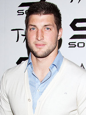 Tim Tebow Hired as Sports Analyst – But Still Pursuing Football