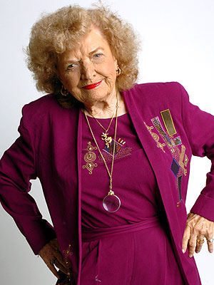 Mae Young of WWE Is Gravely Ill