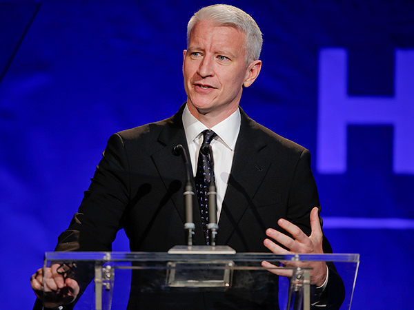 Anderson Cooper Bids $1.4 Million on Original Art from Jeff Koons