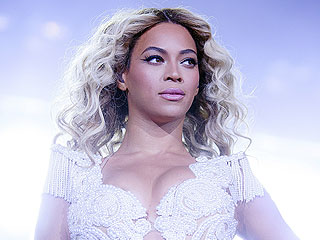 Beyoncé Demands Equal Pay for Women in New Essay | Beyonce Knowles