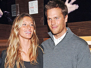 See a Sweet Candid Shot from Gisele Bündchen's Wedding | Gisele Bundchen, Giselle Bundchen, Tom Brady