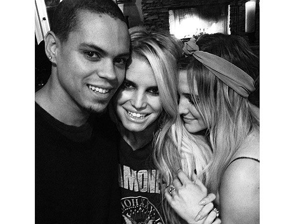 Sister Act! See Jessica Simpson Celebrate Ashlee's Engagement