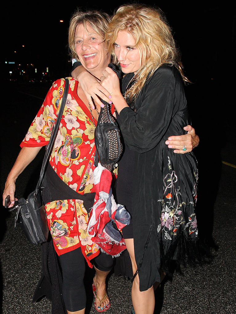 kesha 768 Ke$has Mom Checks Herself Into Same Rehab Facility As Her Daughter