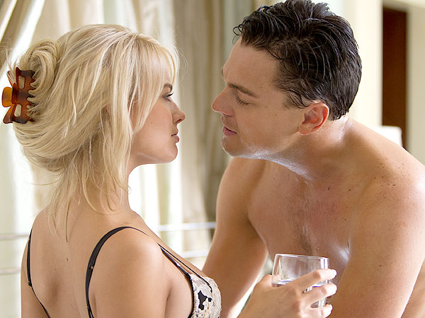 Margot Robbie: Kissing Leonardo DiCaprio for 17 Hours Isn't as Fun as It Seems| The Wolf of Wall Street, Leonardo DiCaprio, Margot Robbie