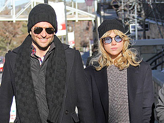 PHOTO: Bradley Cooper and Suki Waterhouse Get Cozy at Sundance