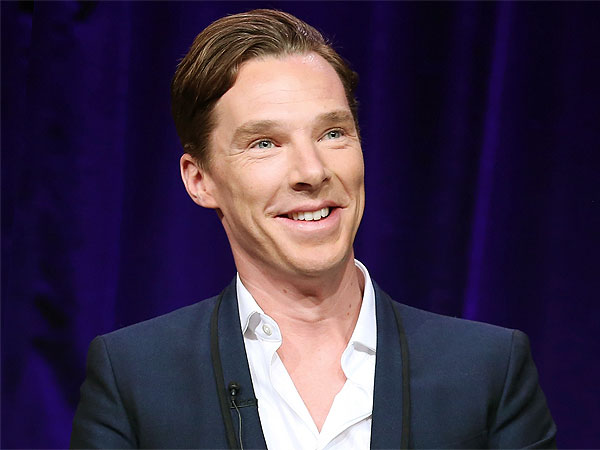Benedict Cumberbatch Forgoes Pants for Award Acceptance