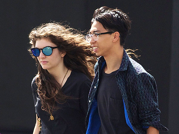 Lorde's Boyfriend Blogs About the Perks of Dating a Celebrity