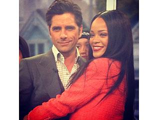 Rihanna Photobombs Full House Cast | John Stamos, Rihanna