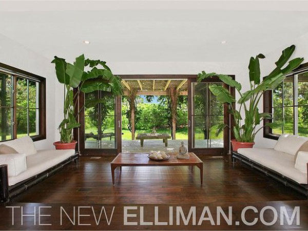 Scarlett Johansson Buys $2.2 Million Home in the Hamptons  Celeb Real Estate, Scarlett Johansson