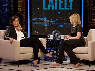 Video: Mariska Hargitay Relives Her Strangest Fan Encounter on Chelsea Lately