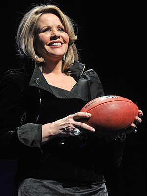 Renée Fleming: 5 Things to Know About the Super Bowl National Anthem Singer