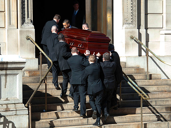 Philip Seymour Hoffman Mourned at Funeral in New York| Death, Tributes, Philip Seymour Hoffman
