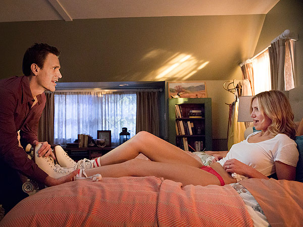 Cameron Diaz & Jason Segel in Sex Tape: Actress Talks Racy Love Scenes