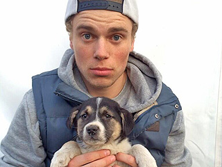 Olympian Gus Kenworthy Shares Adorable Photo of His Sochi Pup on Their One-Year Anniversary | Animals & Pets, Olympics, Winter Olympics 2014