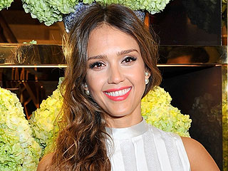 Jessica Alba Doesn't Remember Giving Cops Cake at Husband's Birthday Party | Jessica Alba