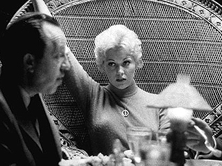 Hollywood Screen Goddess Kim Novak Turns 81 | Kim Novak
