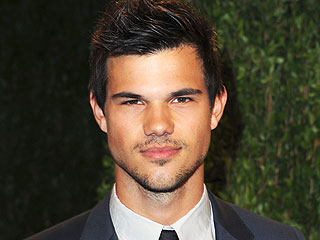 Twilight's Taylor Lautner to Star in BBC Sitcom | Taylor Lautner