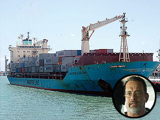 Two Americans Found Dead on Captain Phillips Ship | Captain Phillips, Tom Hanks