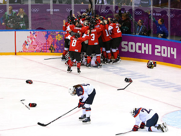 U.S. Women's Hockey Team Says Loss Was 'Devastating'