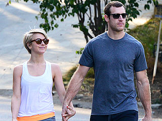 Julianne Hough and Brooks Laich Step Out Holding Hands | Julianne Hough