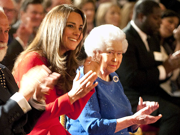 Where Does Queen Elizabeth Keep Her BAFTA Award? | Kate Middleton, Queen Elizabeth II
