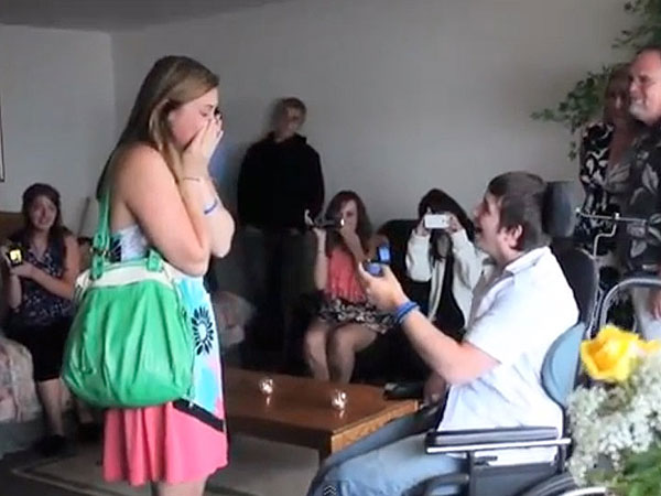 Oregon Man Proposes to High School Sweetheart Three Years After Being Paralyzed