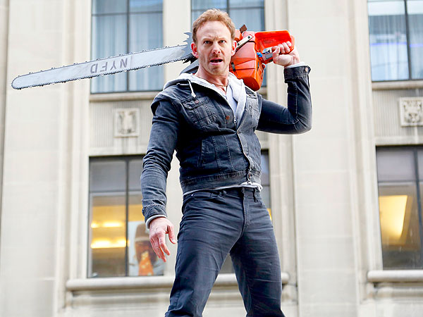 Sharknado 2 Takes a Bite Out of the Big Apple| Sharknado, Ian Ziering, Tara Reid, Vivica A. Fox