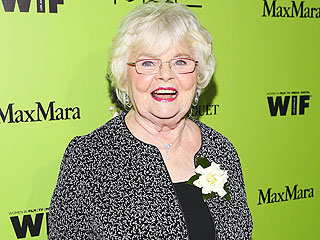 Oscar Nominee June Squibb, 84, Likens Herself to an 'Old War Horse'