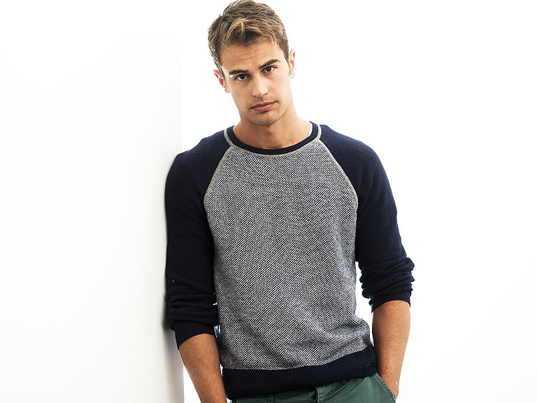 Divergent: Theo James Plays Four : People.com