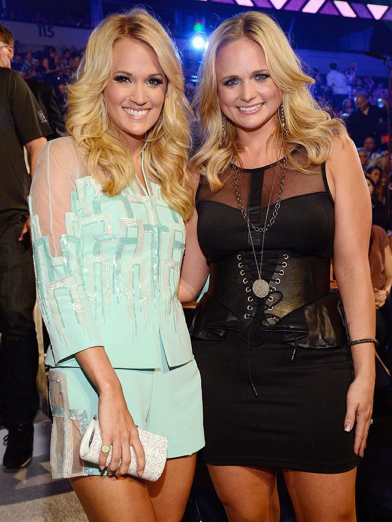 "Photo of Carrie Underwood & her friend musician  Miranda Lambert - Song ""Somethin"