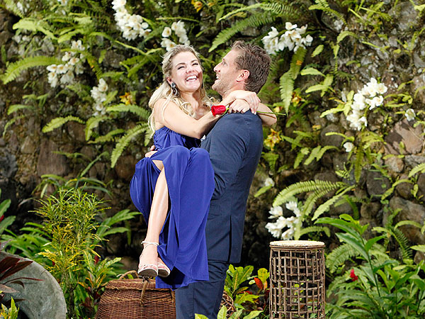 The Bachelor: Taking Sides on Juan Pablo Galavis's Awkward Finale| The Bachelor, Chris Harrison, Juan Pablo Galavis, Nikki Ferrell
