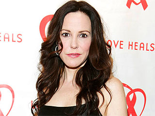 Weeds Star Mary-Louise Parker Talks to Her Kids About Drugs 'a Lot' | Mary-Louise Parker