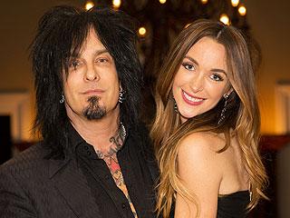 Mötley Crüe's Nikki Sixx Weds | Wedding, Nikki Sixx