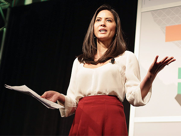 Olivia Munn 'Could Possibly Teach 7th Grade Economics' | Olivia Munn