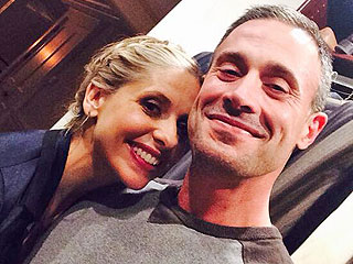 Sarah Michelle Gellar & Freddie Prinze Jr. Post the Cutest Selfie of the Week | Freddie Prinze Jr., Sarah Michelle Gellar