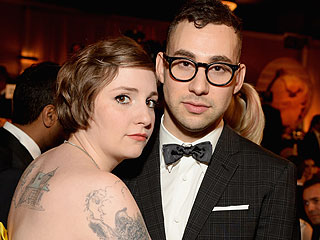 Lena Dunham Rocks Out at Her Boyfriend's L.A. Show