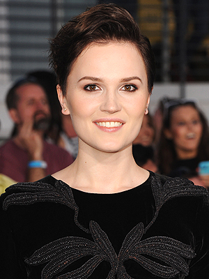 Divergent Author Veronica Roth Says Anxiety Inspired Books