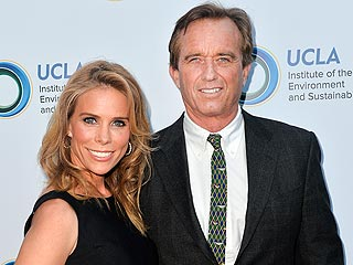Cheryl Hines Engaged to Robert F. Kennedy Jr.