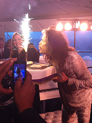 PHOTO: Steven Tyler Celebrates His 66th Birthday in D.C. | Birthday, Steven Tyler
