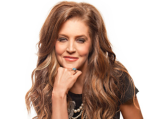 Lisa Marie Presley's Slim-Down: I'm at My Teenage Weight