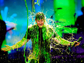 Watch Celebs Get Slimed at the Kids' Choice Awards | Mark Wahlberg