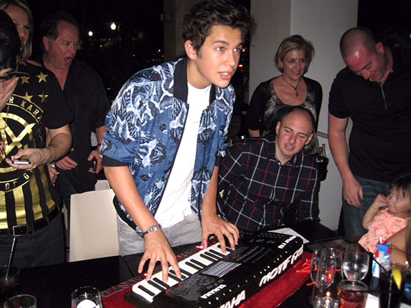 Austin Mahone Celebrates His 18th Birthday in Miami | Austin Mahone