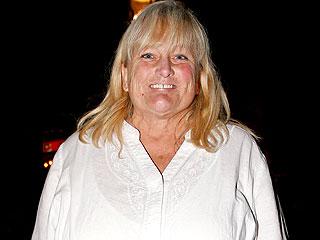 Debbie Rowe Is Engaged