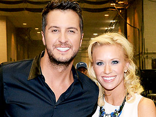 Luke Bryan Loses to Justin Moore in Desert Archery Showdown | Luke Bryan