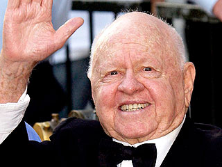 Mickey Rooney's Children Challenge His Will in Court | Mickey Rooney