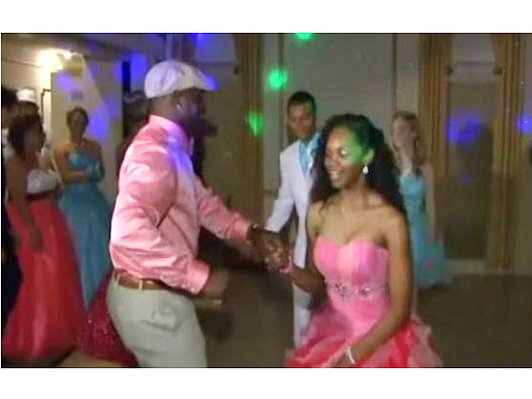 Seahawks' Christine Michael Takes Texas Girl with Autism to Prom| Football, Real People Stories