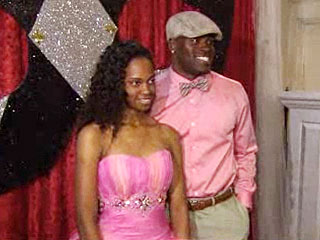 Seahawks Running Back Takes Girl with Autism to Prom