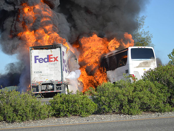 How to Help Families of Victims in the California Bus Crash| Good Deeds, Real People Stories