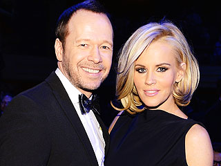 Jenny McCarthy & Donnie Wahlberg Are Engaged!